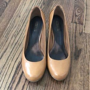 KENNETH COLE REACTION WEDGE SIZE 10